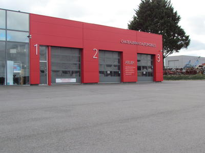 Le garage for Garage citroen le perreux